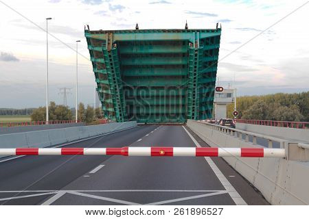 Haringvlietbrug, The Netherlands - September 30 2018: Haringvliet Bridge Drawbridge Beginning To Low