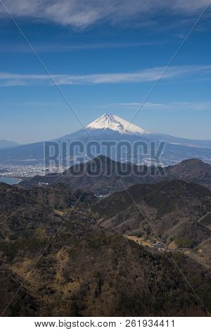 Mt.fuji With Blue Sky In Vertical Landscape