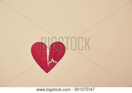 Broken Heart Mockup, Copy Space. Relationship Breakdown. Parting, Divorce And Separation. End Of Lov