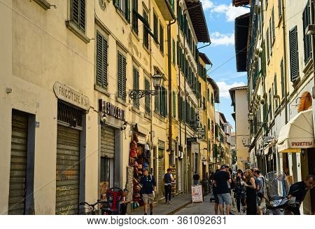 Florence, Italy - May 31, 2019: Shops And Restaurants In The Via Sant Antonino, Steps Away From The