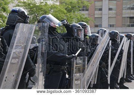 Toronto, Ontario, Canada - 06/25/2010 :  Police Taking A Break At Toronto Police Station (52 Divisio