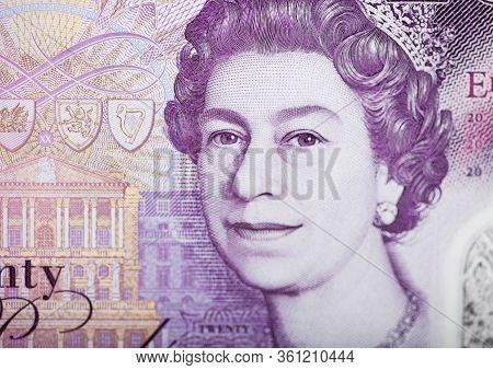 Queen Elizabeth Ii Ultra Macro Shot On Twenty Pounds Banknote.macro
