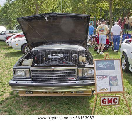 Gmc Cabalerro Engine View
