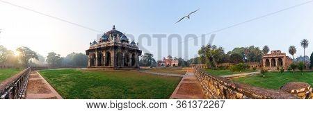 Hymayuns Tomb Panorama, View On Isa Khans Tomb, India, New Delhi