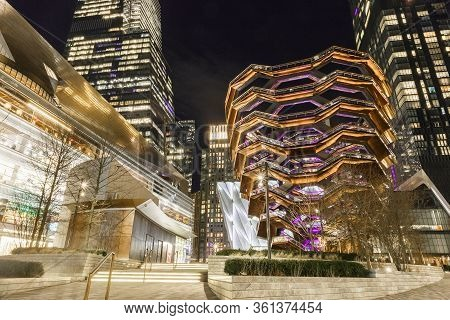 New York, Ny, Usa - March 10, 2020: The Vessel And Scyscrapers At The Modernized District Hudson Yar