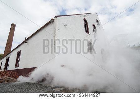 Portugal Madeira Porta Da Cruz Rum Factory