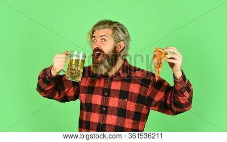 Best Party Here. Bachelor Men Club. Having Fun And Drink In Bar. Nice Pub Menu. Man Watching Footbal