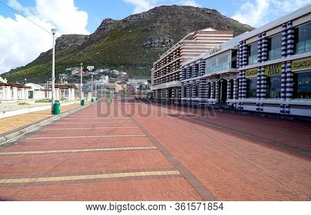 Cape Town, South Africa - 16 April 2020 : Empty Parking Lot And Beach At Muizenberg In Cape Town, So