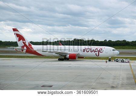 Cancun, Mexico - Jan. 23, 2020: Air Canada Rouge B767-300 At Cancun International Airport Cun, Cancu