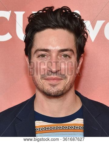 LOS ANGELES - JAN 11:  Ben Feldman on the red carpet at the NBCUniversal Winter TCA 2020 on January 11, 2020 in Pasadena, CA