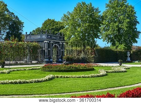 Vienna, Austria - September 2018: Sceni View In The Park Of Schonbrunn Palace
