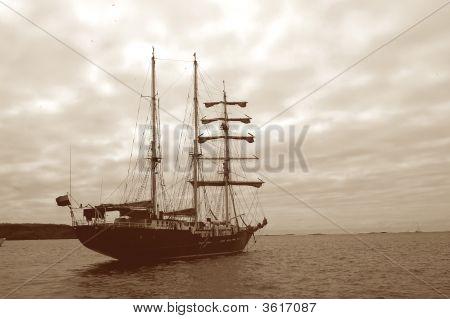Barco Sepia