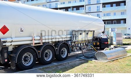 Warsaw, Poland. 17 April 2020. Fuel Tanker Truck At The Gas Station Shell. Refuelling A Gas-station