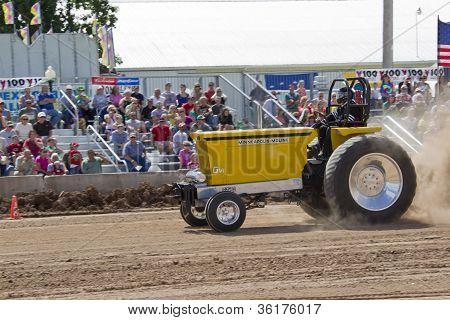 Yellow Minneapolis Moline Gvi Tractor Side View