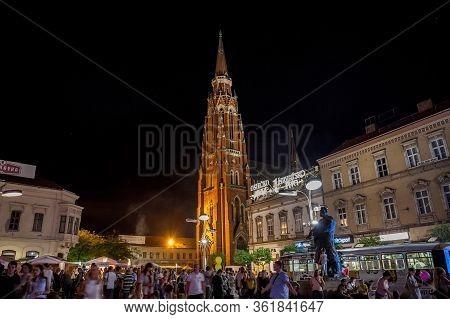 Osijek, Croatia - August 25, 2017: Crowd Gathering At A Food Festival On The Main Square Of Osijek,