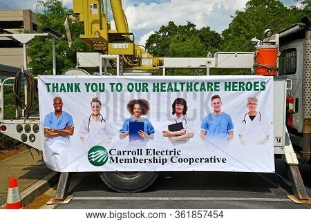 Carrollton, Ga / Usa - April 6, 2020: Thank You To Our Healthcare Heroes Sign In Front Of Tanner Med