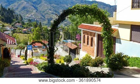 Chordeleg, Azuay, Ecuador - October 30, 2018: View At The Street Going Down To Valley In Chordeleg T