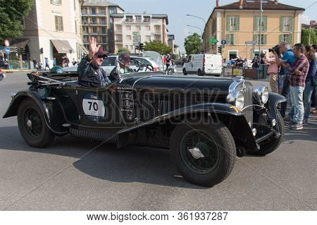 Brescia, Italy - May 19 2018: Fiat 525 Ss 1930 Is An Old Racing Car In Rally Mille Miglia 2018, Live