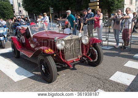 Brescia, Italy - May 19 2018: Alfa Romeo 6c 1500 Super Sport 1928 Is An Old Racing Car In Rally Mill