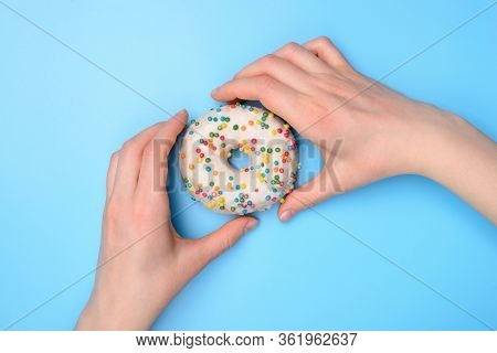 Top Above Flat Lay Flatlay Overhead Close Up View Photo Of Hands Taking Buying Tasty Fresh Sugary Do