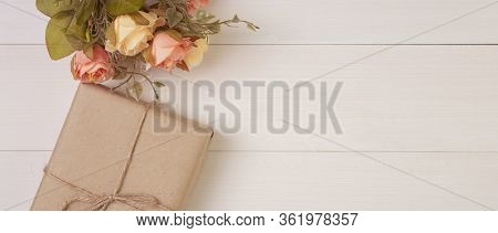 Beautiful Flower And Gift Box On Wooden Background With Romantic, Presents For Mother Day Or Valenti