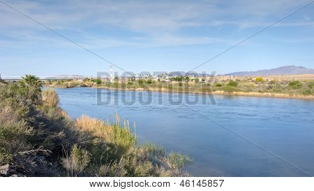 Arizona-California State Border