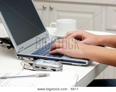 Keyboard Hands 80723