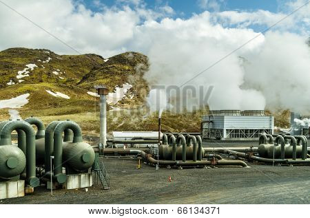 Hellishei�°i geothermal power plant in Iceland