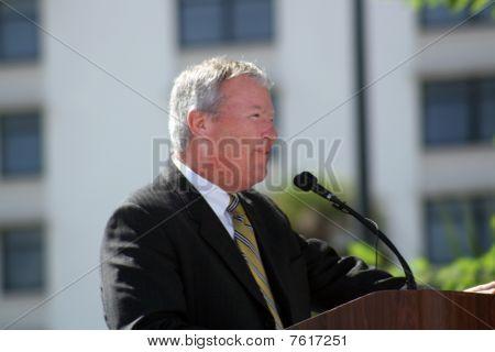 Mayor of Orlando, Florida, Buddy Dyer