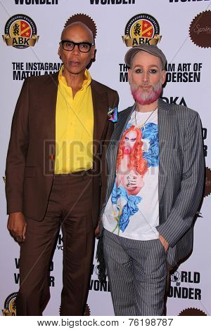 LOS ANGELES - NOV 13:  RuPaul, Mathu Andersen at the The Instagram Art of Mathu Andersen at the World of Wonder Gallery on November 13, 2014 in Los Angeles, CA