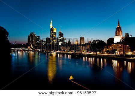 Skyline Frankfurt am Main, Hessen shoot at night poster