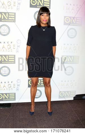 LOS ANGELES - FEB 10:  Aisha Tyler at the Non-Televisied 48th NAACP Image Awards at Pasadena Conference Center on February 10, 2017 in Pasadena, CA