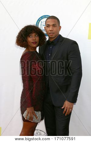 LOS ANGELES - FEB 11:  DeWanda Wise, Alano Miller at the 48th NAACP Image Awards Arrivals at Pasadena Conference Center on February 11, 2017 in Pasadena, CA