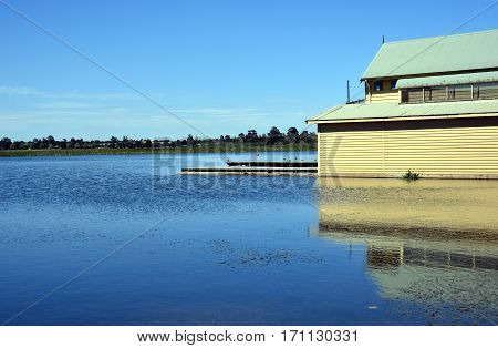 Lake Wendouree is an artificially-created and maintained shallow urban lake located adjacent to the suburb of the same name in the city of Ballarat Victoria Australia.