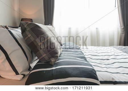 Modern Bedroom Design With Black And White Blanket