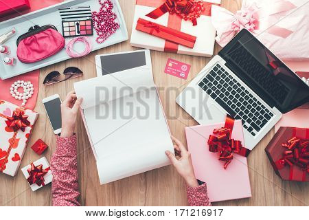 Unboxing Gifts