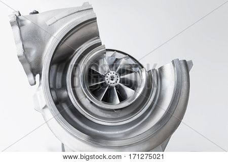 Turbocharger Scheme With Cross Section