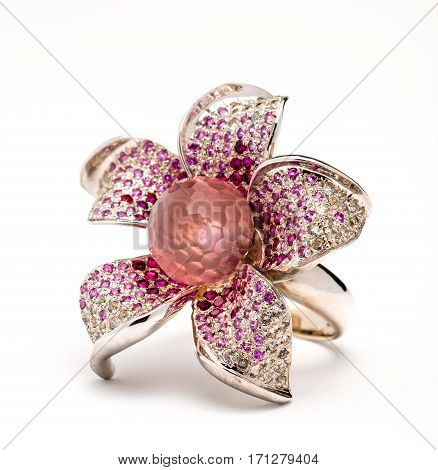 Jewelry ring Jewellery ring in the shape of a flower