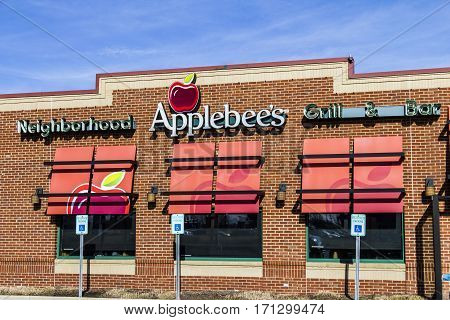 Indianapolis - Circa February 2017: Applebee's Neighborhood Grill and Bar Casual Restaurant. Applebee's is a subsidiary of DineEquity Inc. I