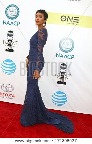 LOS ANGELES - FEB 11:  LeToya Luckett at the 48th NAACP Image Awards Arrivals at Pasadena Civic Auditorium on February 11, 2017 in Pasadena, CA