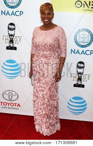 LOS ANGELES - FEB 11:  Iyanla Vanzant at the 48th NAACP Image Awards Arrivals at Pasadena Civic Auditorium on February 11, 2017 in Pasadena, CA
