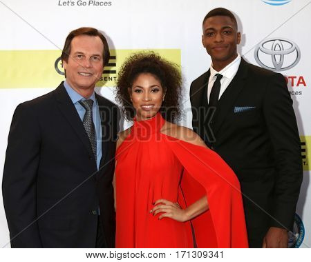 LOS ANGELES - FEB 11:  Bill Paxton, Lex Scott Davis, Justin Cornwell at the 48th NAACP Image Awards Arrivals at Pasadena Conference Center on February 11, 2017 in Pasadena, CA