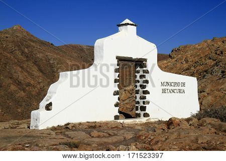 Traditional Municipality Sign (white Arch Gate) Near Betancuria Village, Fuerteventura