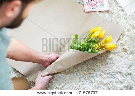 Man Packing Bouquet