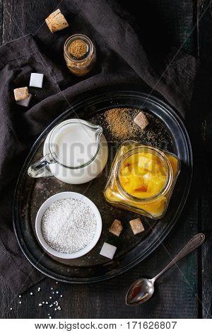 Tapioca Dessert With Mango