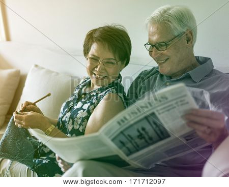 Gradient Color Style with Senior Couple Read Newspaper Crochet