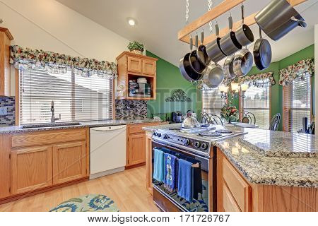 Bright Colorful Rambler Kitchen Room Design