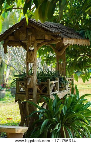 Shelter for indoor plants in a garden