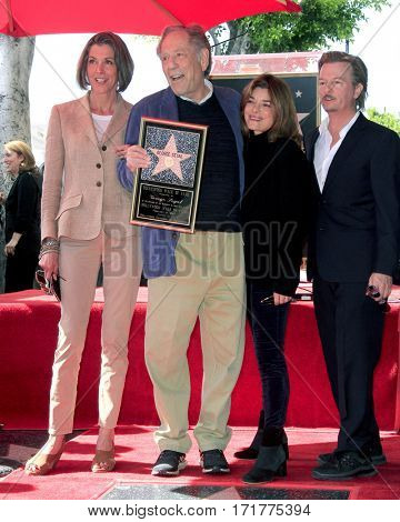 LOS ANGELES - FEB 14:  Wendie Mallick, George Segal, Laura San Giacomo, David Spade at the George Segal Star Ceremony at the Hollywood Walk of Fame on February 14, 2017 in Los Angeles, CA