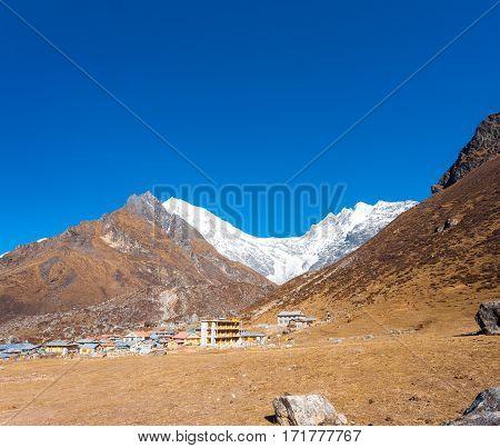 Langtang Kyanjin Gompa Village Lirung View H